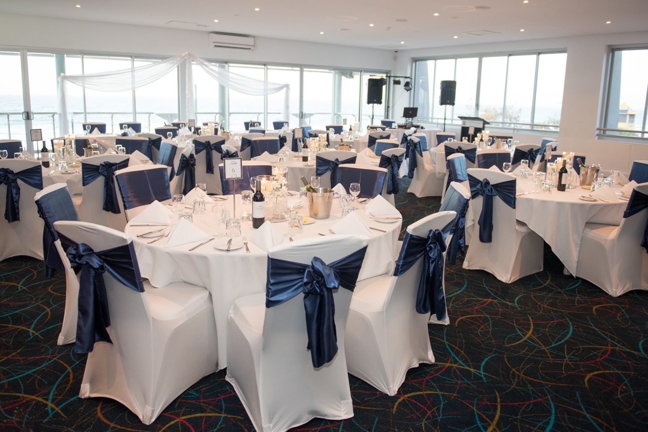 Burleigh_surf_club_wedding_venue_tables