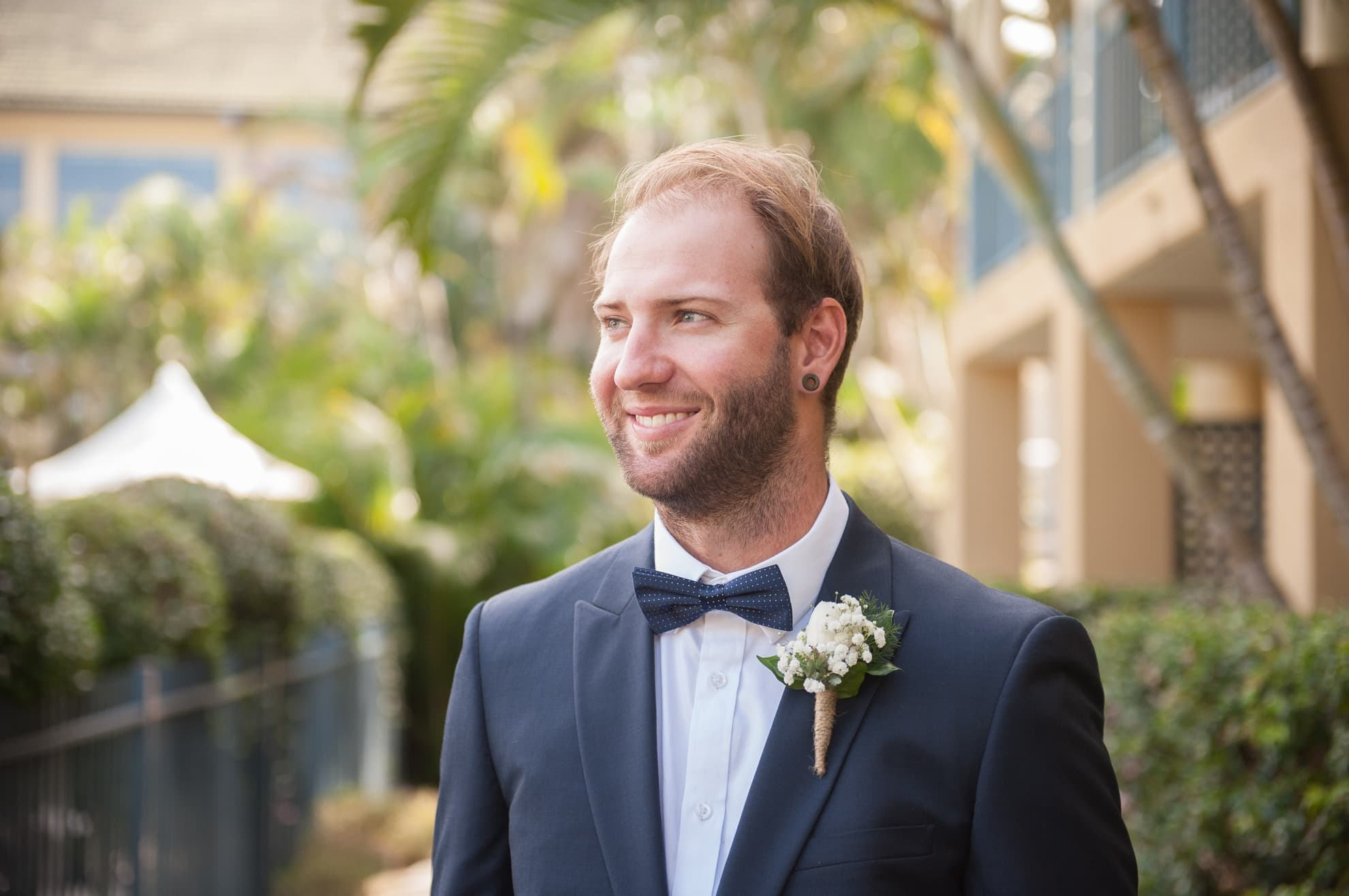 groom-looking-sideways-smiling