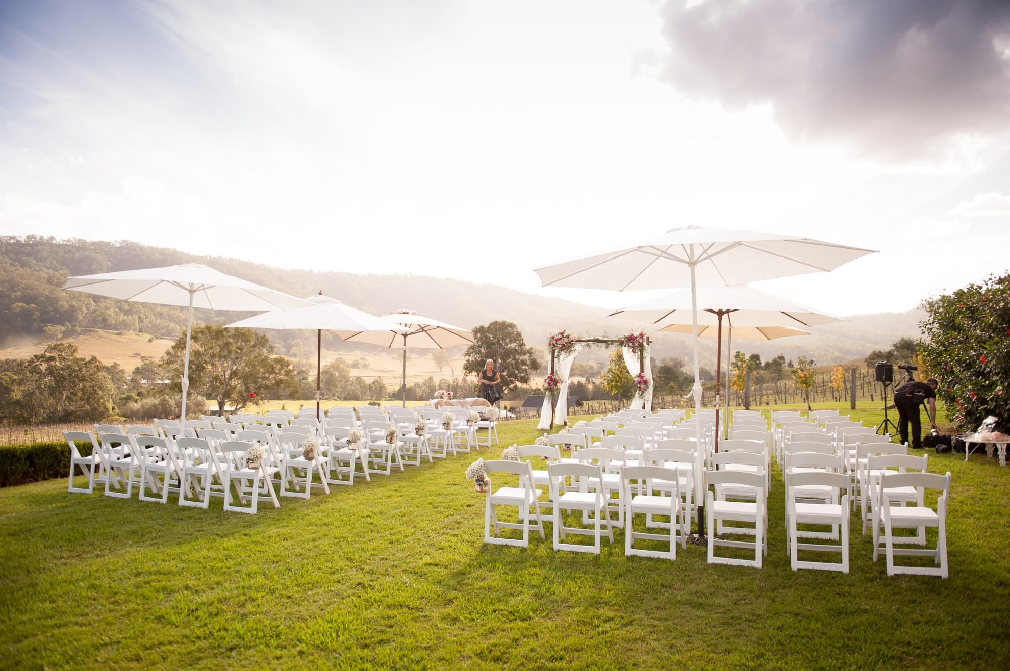 beautiful-ceremony-location-on-hinterland-gold-coast-over-looking-the-vineyard